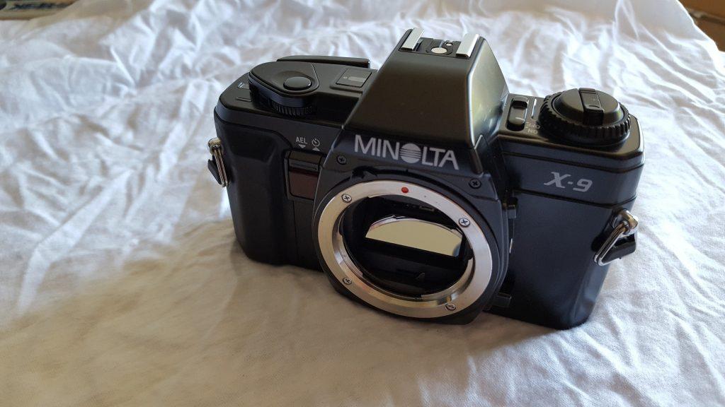 Minolta X-9
